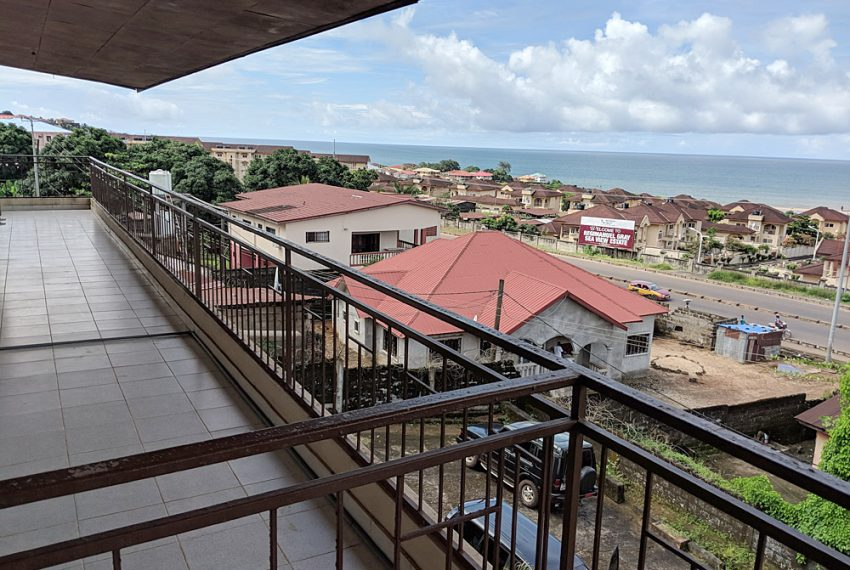 2-self-contained-apartment-with-stunning-sea-views-in-goderich-43-1538738308