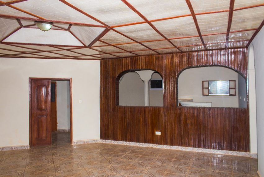 3-apartments-available-for-rent-on-hillcot-road-13-1536245757