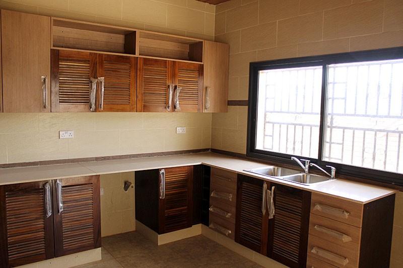 luxurious-4-bedroom-property-for-rent-regent-16-1495218786
