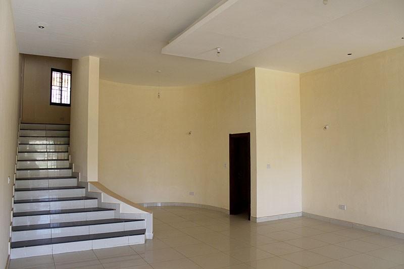 luxurious-4-bedroom-property-for-rent-regent-48-1495218775